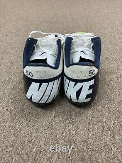 2010-19 Sean Lee Dallas Cowboys SIGNED Game Used NIKE Football Cleats #50 JSA