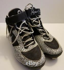 2011 Andruw Jones Game Used PE Air Jordan Autographed Cleats! Yankees! Japan! LOA