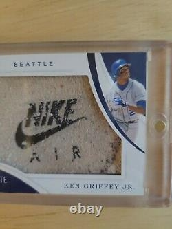 2020 Ken Griffey Jr Panini Immaculate Collection Game Worn Cleats Card #7/8