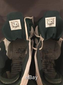Brett Favre Autographed Game Used Cleats Shoes 11/22/07 Green Bay Packers