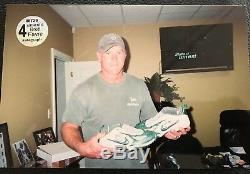 Brett Favre Packers Autographed Game Used Worn Cleats vs Detroit 11-22-2007