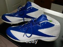 DeMarcus Ware Dallas Cowboys Game / Practice Used Cleats Gently Worn
