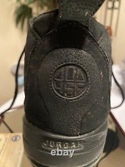 Derek Jeter Game Used Jumpman Cleat