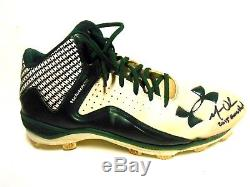 JSA Matt Olson Signed Autographed Game Used Baseball Righ Cleat Shoes Oakland As