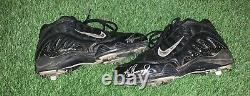 Ken Griffey Jr. Seattle Mariners Game Used Worn Cleats 1999 Signed LOA