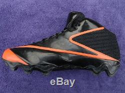 Lance Briggs Chicago Bears Game Used Game Worn Cleat