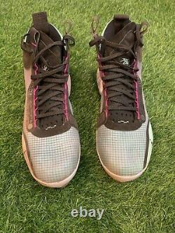 Mookie Betts Game Used Cleats 2019 Red Sox Last Game/Hit/RBI/Run Betts LOA