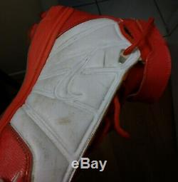Ricky Williams Game Used Worn Signed Miami Dolphins NIKE Size 12 Cleats Shoes