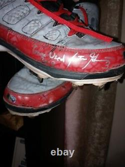 Scooter gennett autographed cleats. GAME USED 2018. ONE OF A KIND